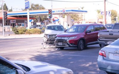 Bridgeport, CT – Car Crash at N Ave & River St Intersection